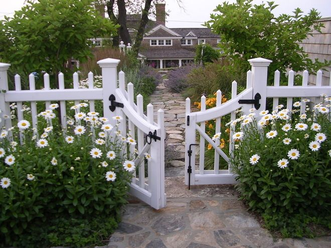 build white picket fence gate woodworking projects plans. Black Bedroom Furniture Sets. Home Design Ideas