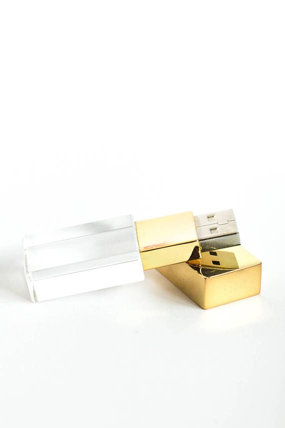 These trendy gold USB flash drives are perfect for photographers, creatives, clients, etc.! Also available on Amazon at: https://www.amazon.com/Macchina-Workshop-Crystal-Flash-Drive/dp/B074LDVK2L/ref=sr_1_4?ie=UTF8&qid=1503764372&sr=8-4&keywords=macchina+workshop Products Status: