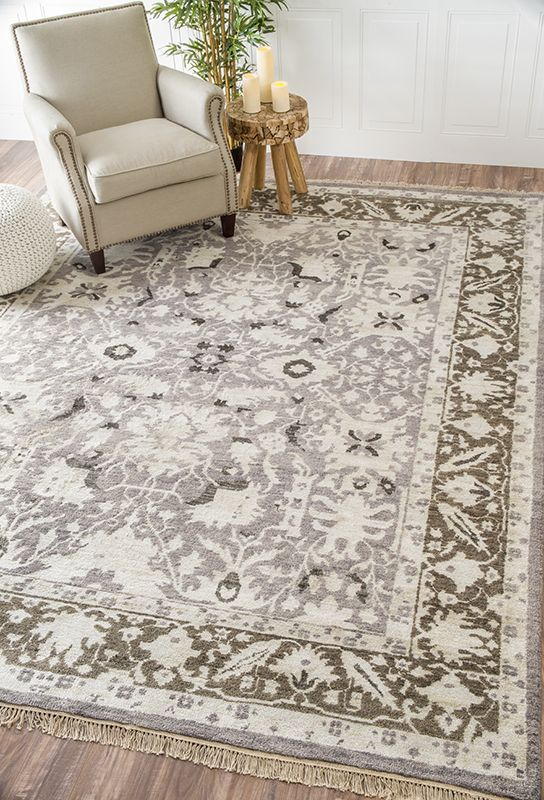 A neutral rug that would work perfectly with any home designs! #RugsUSA