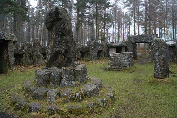 the-curious-rowan-clarke:  marjoleinhoekendijk:  Druids temple, England More pagan, viking and nature things ☽☉☾  I want to go here. :(