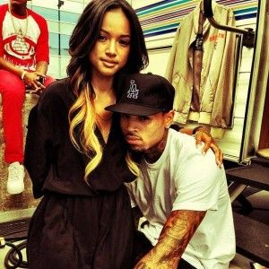 Chris Brown and Karrueche Tran are so cute together and I love this pic. They are totally my favorite celebrity couple.