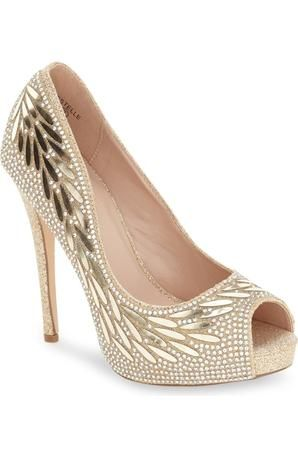 A&L Footwear at Estelle's Dressy Dresses in Farmingdale, NY #shoes #glam #heels #pumps #highheels #sparklyshoes #glitter