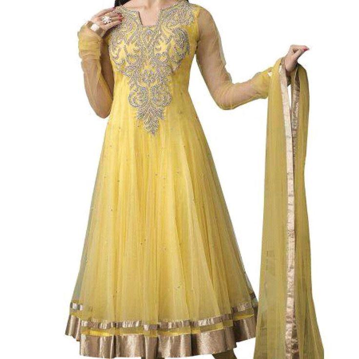 nice colour,, beautiful dress <3