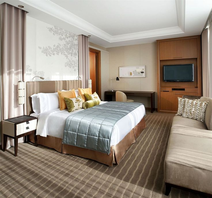 Trip to Japan is always on my bucked list. And where I have to stay? This one could be very awesome!  The St Regis Osaka, luxury hotel that located in Osaka (Osaka Castle), close to Utsubo Park, Shinsaibashi Shopping Arcade, and Osaka Science Museum. Also nearby are Osaka Castle and Osaka Museum of History. Each room has a spacious and luxury interior designs.  http://www.zocko.com/z/JHk7c