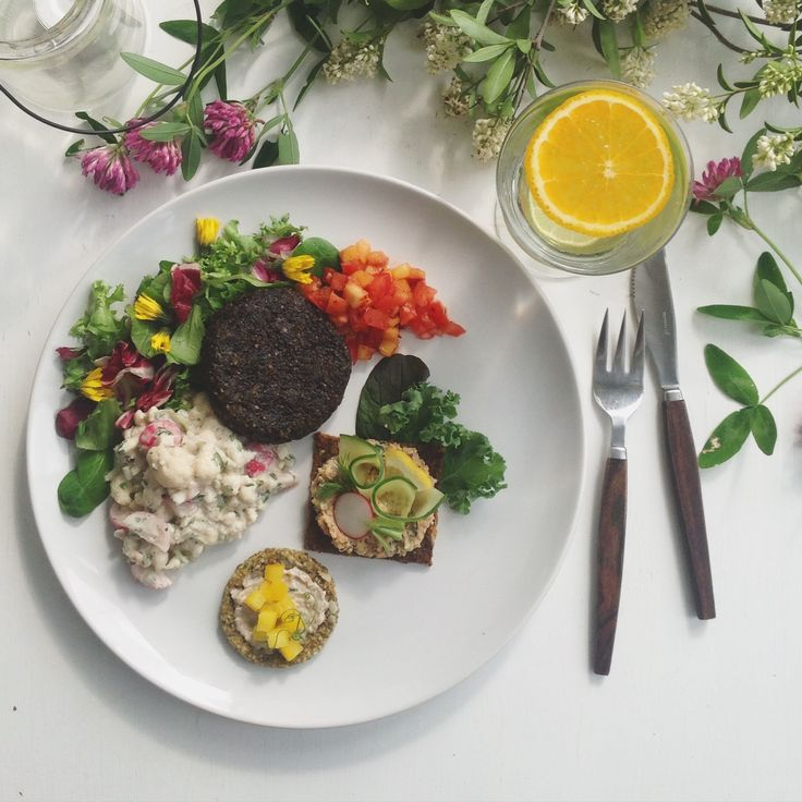 "Växtdelikatessen: (""Plant based deli"") The best vegan and GF lunch in Gothenburg"