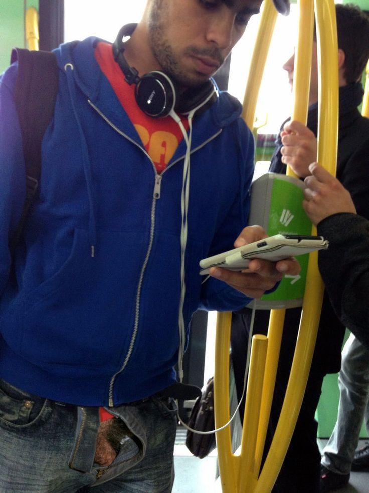 Bite et poils à l'air dans le métro ! | mec tip-top ...