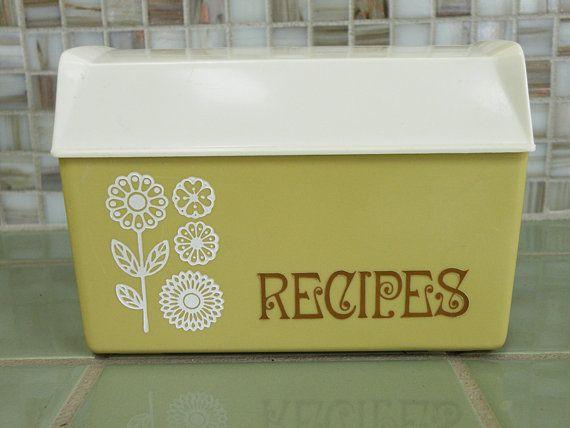 70s Kitchen Retro Organization
