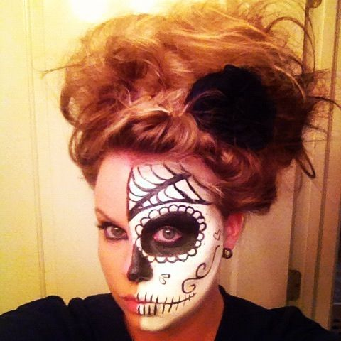 DIY Mexican Sugar Skull makeup for Halloween! It's easy an cheap. All you need is spirit black and white Halloween makeup, black liquid eyeliner, and grey eye shadow.