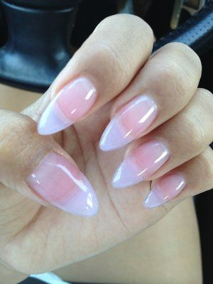 Acrylic Stiletto Nails | stiletto nails are long pointed nails that are normally acrylic. I love.