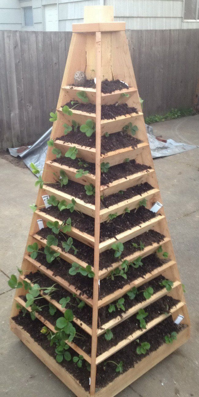Vertical Wood Pyramid Gardening Tower DIY Project  Homesteading  - The Homestead Survival .Com