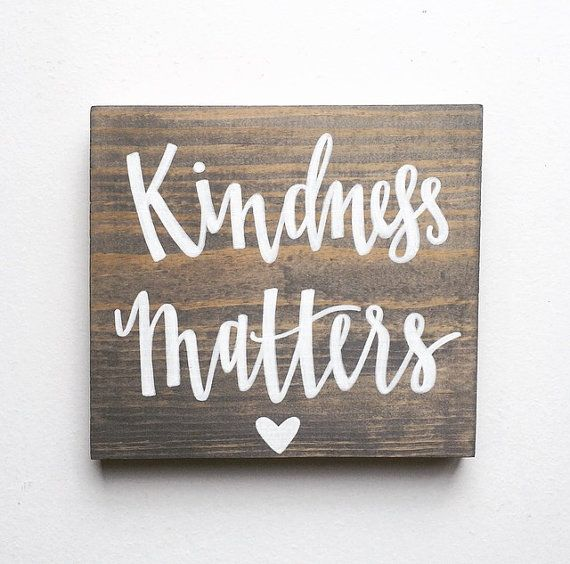 This listing is for a 8x8 hand stained, hand lettered sign that reads, Kindness Matters. This is a perfect reminder to have up in your home,