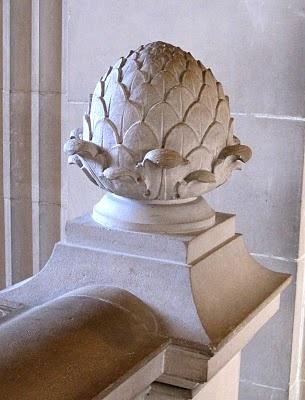 Artichoke finial