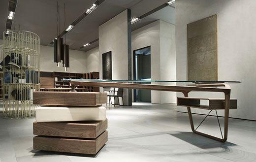 Omaggio modern office desk by Ceccotti Collection