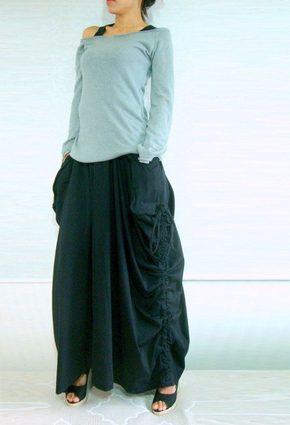 Lagenlook Maxi Skirt Big Pockets Long Skirt - in Black Cotton