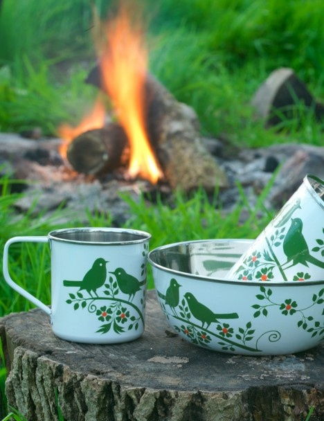 Bird Song Camping Set... I would totally sport these around camp