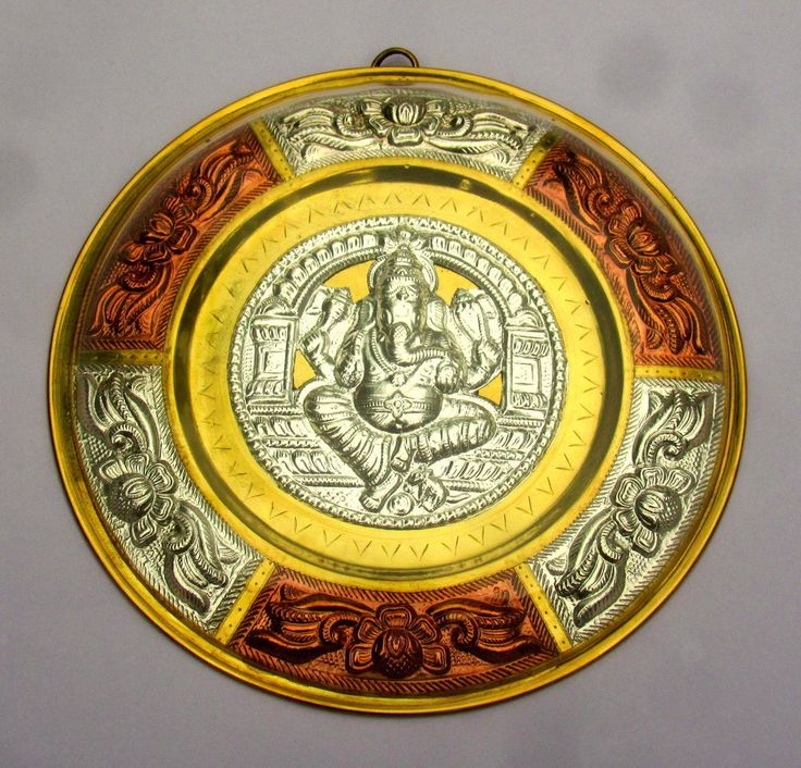 Ganesh Tanjore Metal Art plate/ shield - 7 inch - Made of Silver, Brass & Copper