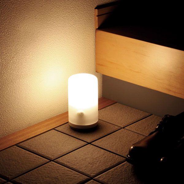 【楽天市場】乾電池式LEDセンサーライト BSL-10L ホワイト 玄関・門扉・物置・ガレージ・明かり 【アイリスオーヤマ】【RCP】:家具インテリア館