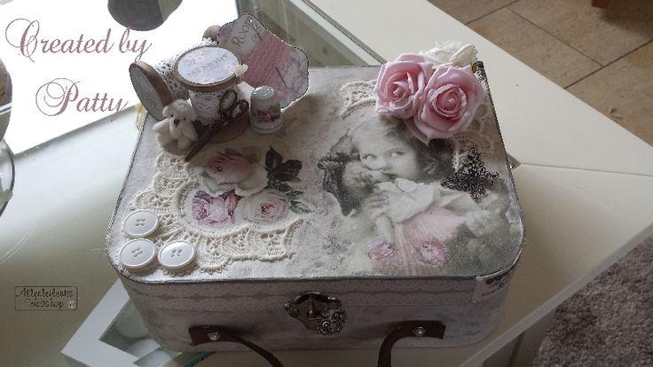 Vintage koffertje van Jolanda