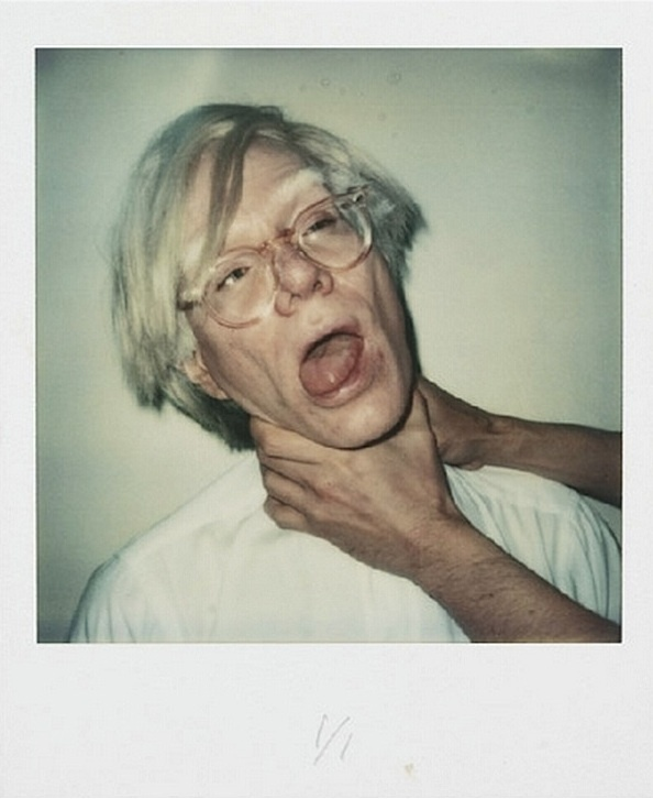 instant strangle    (Andy Warhol)