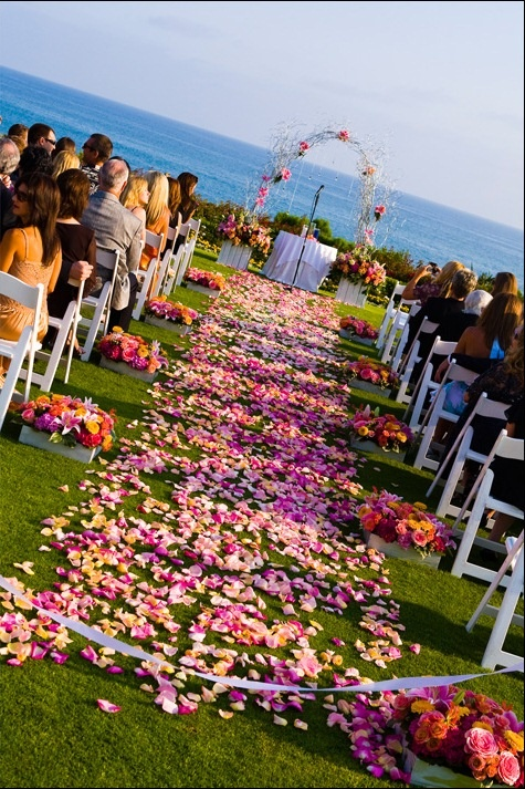 Montage Laguna Beach Wedding I Like The Color Of Aisle Petals