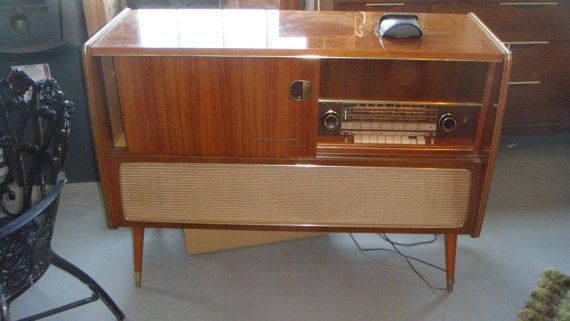 Grundig Majestic Mid Century stereo with record player