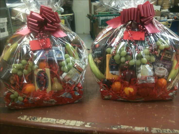 We just packed these $100 fresh fruit and gift baskets for some lucky customers! They're the perfect gift -- order yours online @ www.specialtyfood.ca