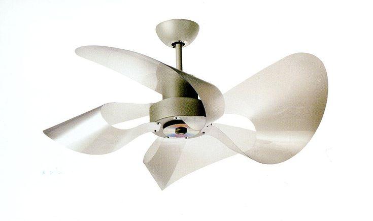 Soffio Eco Ventilatore Pale Satinate dia 100cm  Ventilatore da Soffitto Soffio Eco. Un delicato equilibrio di forme in modello armonico, dalle linee morbide e tondeggianti. La struttura e in metallo verniciato con polveri epossidiche, le pale sono satinate o colorate, le cromie vivaci. Monta luci a risparmio energetico a 32Watt inclusa