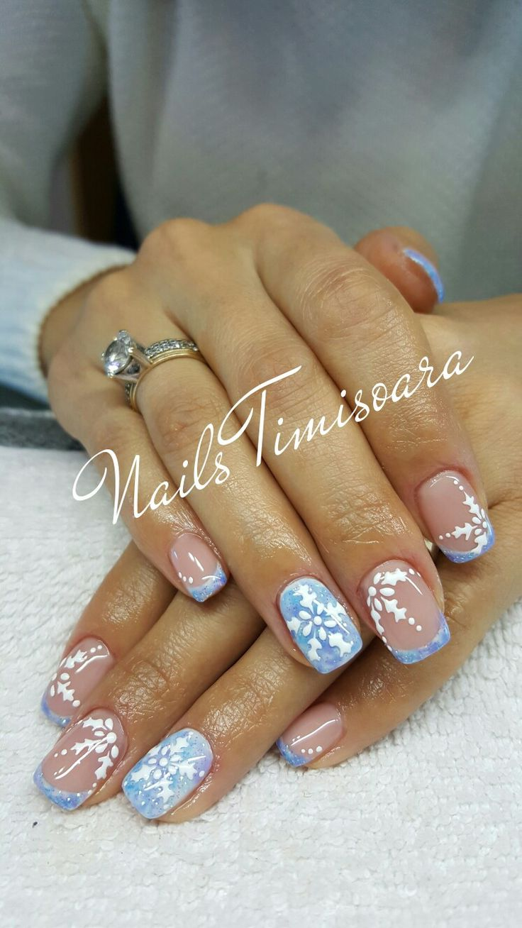 nails winter christmas snowflake blue