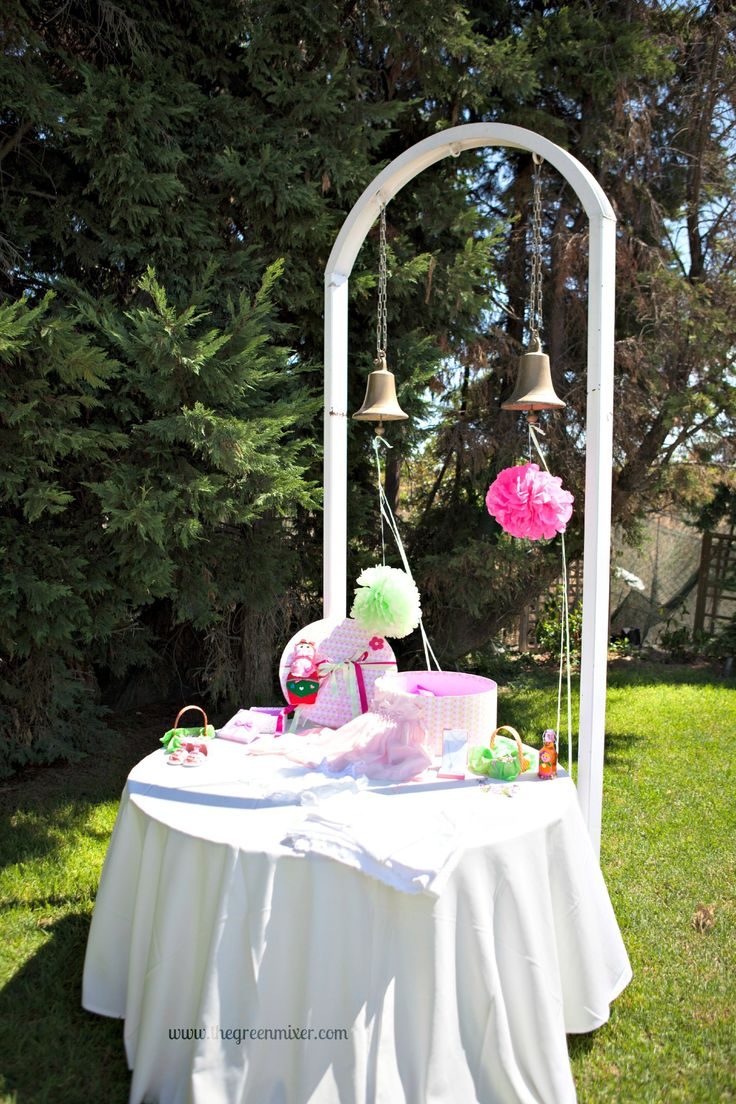 Βάπτιση Μπαμπούσκα - διακόσμηση καμπαναριο - τραπέζι με βαπτιστικά