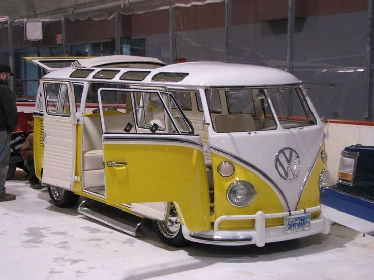 17 best images about vw 21 or 23 window bus on pinterest for 18 window vw bus
