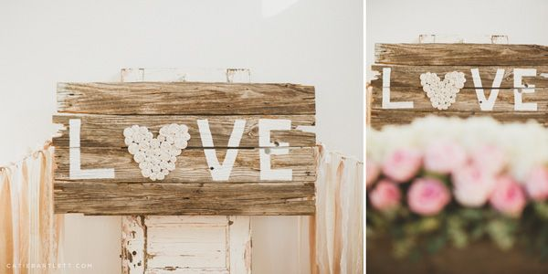 Wedding DIY Decoration Idea: Wall Art with LOVE Sign