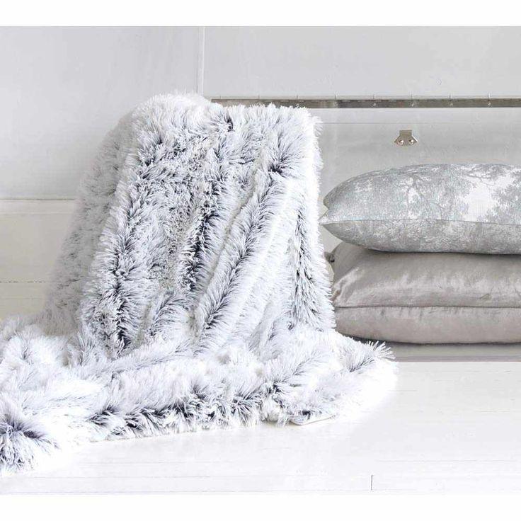 The 25 best Faux fur throw ideas on Pinterest  Faux fur