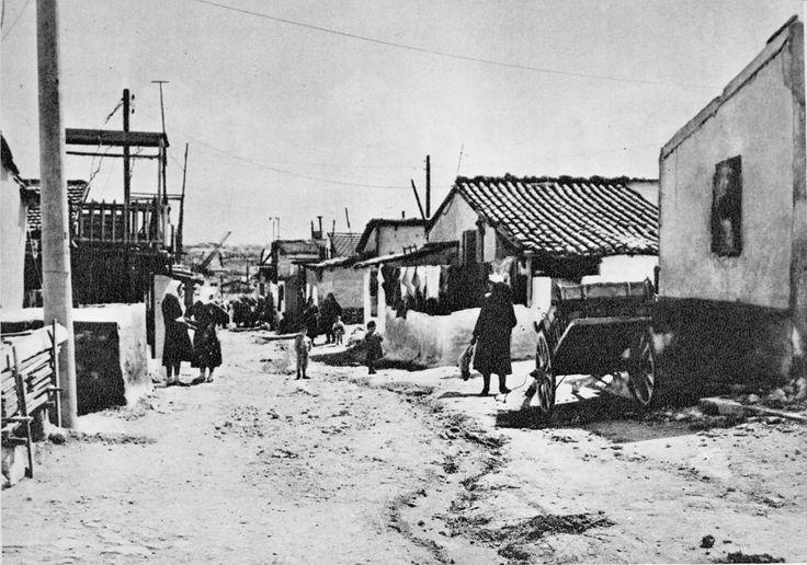 Σπίτια του συνοικισμού της Δραπετσώνας, 1931-32 © Κέντρο Μικρασιατικών Σπουδών