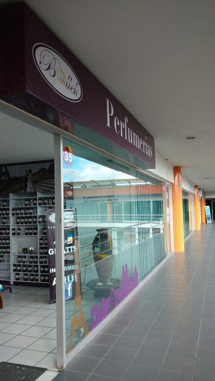 Centro de distribución de Perías Bollek en Puebla, México