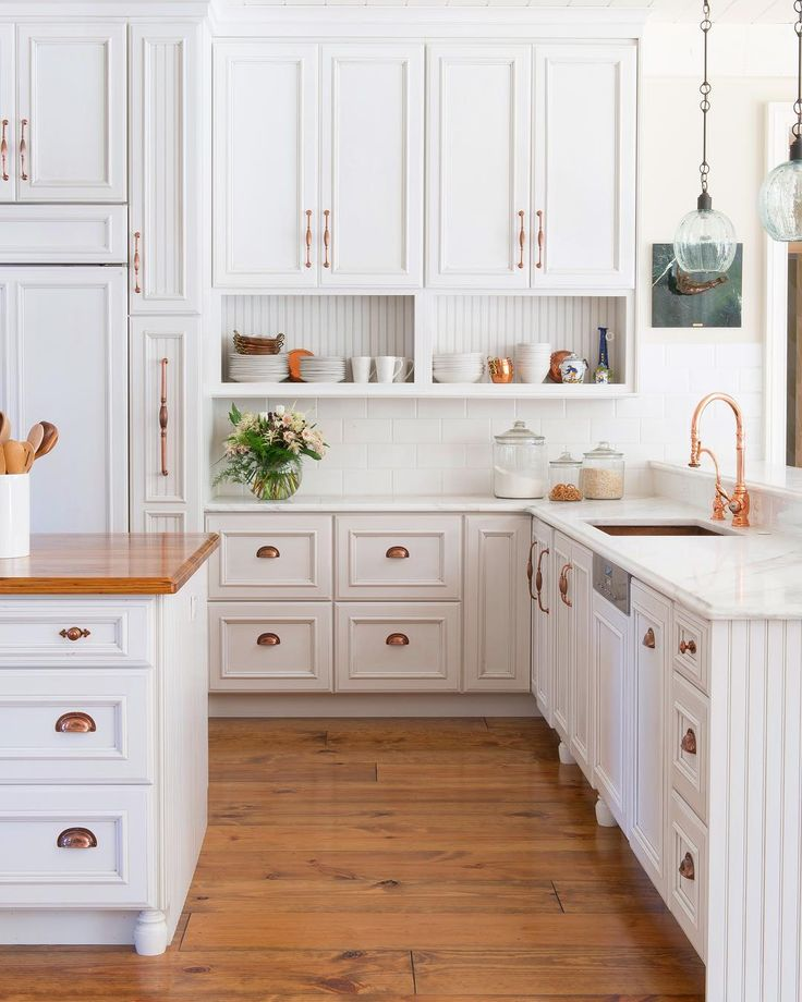 Clean And Crisp Kitchen Inspiration! What Is Your Favorite Feature? Kitchen  By @karrbick