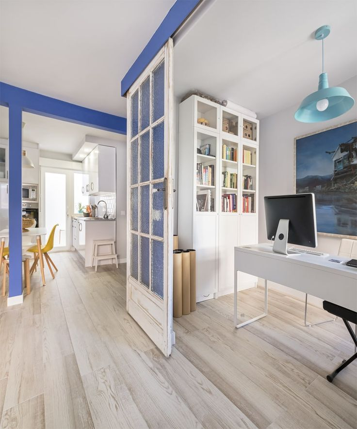 Busca imágenes de Salones de estilo moderno: Vivienda Alcorcón. Encuentra las mejores fotos para inspirarte y crea tu hogar perfecto.