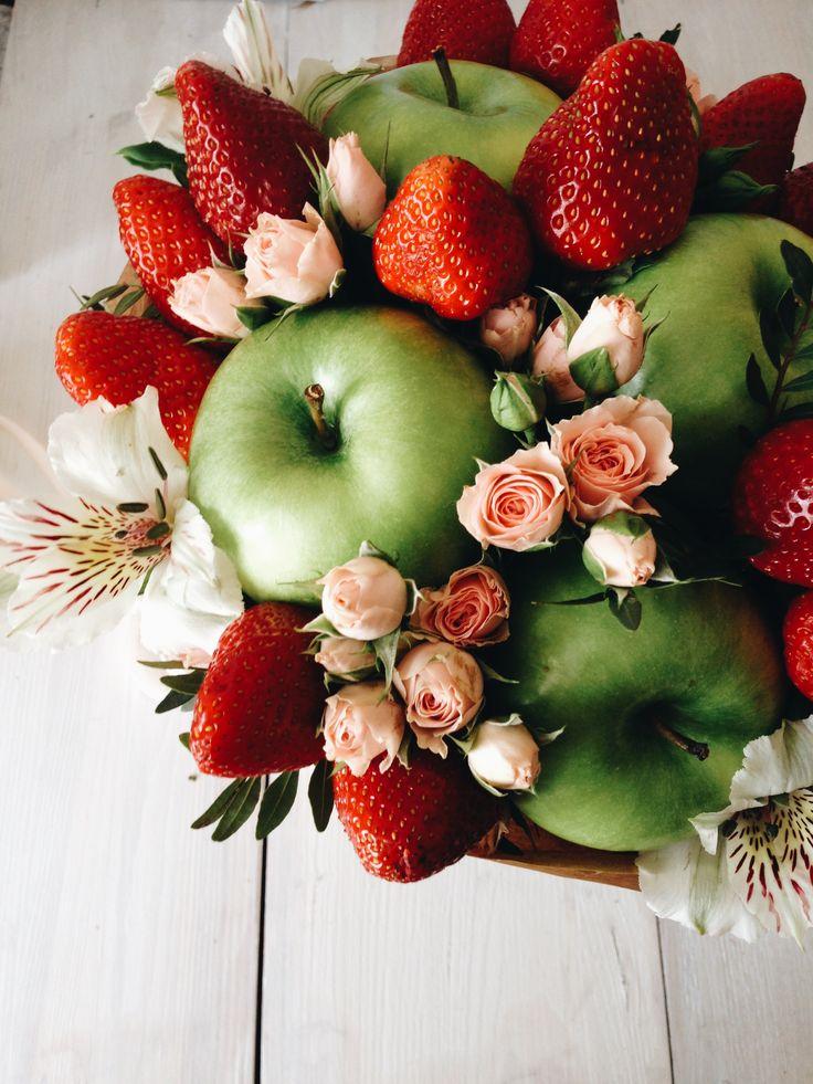 Петр, картинки цветы и фрукты с днем рождения