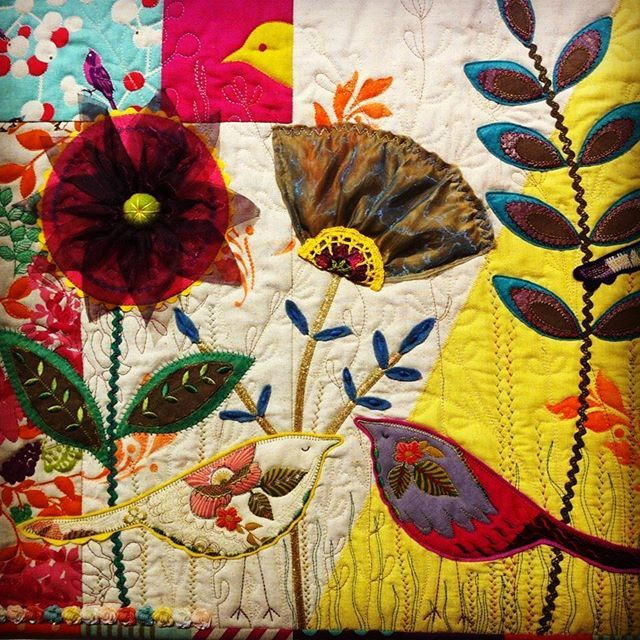 The theme for this years' Auckland Quilt Guild: Dorothy Collard Quilt Challenge is 🐦'If I only Had Time'. ⏰ The entries of this judged award will be exhibited at Lake House Arts April 4 - 16.🌷🌷 Don't miss out on seeing these creations. 🌼 Pictured: an entry from 2016's exhibition where the theme was 'Freedom'. 🍃🐦#quilt #quilting #quilts #lakehousearts #aucklandquiltguild #art #arts #artsandcrafts #quilting #craft #crafty #crafts #sew #sewing #vintage #vintagecraft #vintagecraftschool…