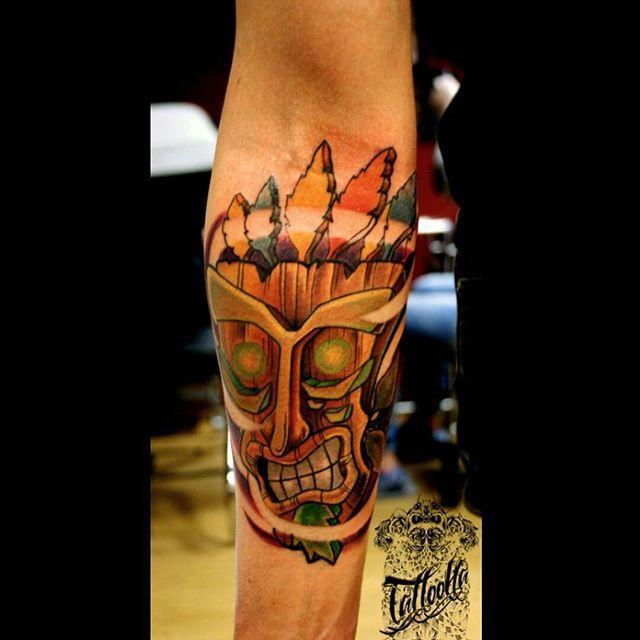 По своему эскизу для @happytrippy . #тату #татуартист #татуировка #татуспб #татуировкаспб #татусалон #татуартист #tattooartist #tattooartistspb #spb #питер #tattoo #tattooartist #tattoos #tatt #tats #tatt #tattooed #tattoolife #tattooink #newschooltattoo #newtraditionaltattoo #neotrad #colortattoo #inked #ink #inkart #yurahandrykin #TattooHa