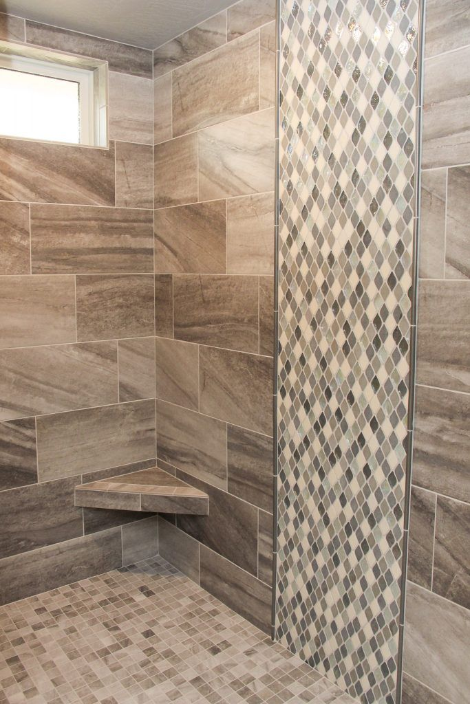 Brown And Beige Tile Shower Wall And Floor Beige And Grey Tile Accent Brown Bathroom Decor Beige Tile Bathroom Brown Tile Bathroom