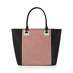 Dark pink snakeskin-effect tote bag
