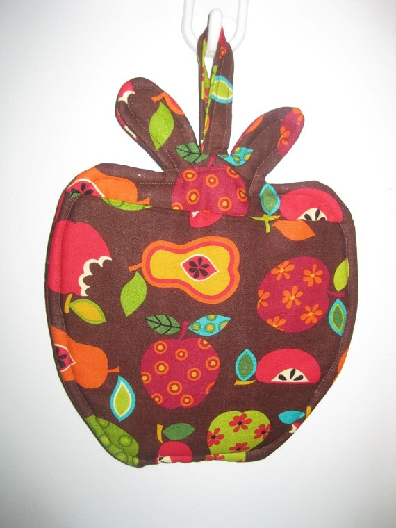 Cute!!  pot holder hot pad apples and pears by happy2sew4u, $6.00