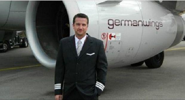 """Passeggera vola con la Germanwings il giornodopo il disastro: """"Ecco le parole del pilota"""""""