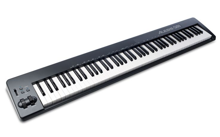 - 88-key USB MIDI keyboard controller provides the ideal surface for composing and performing music with computer-based digital audio workstations, sequencers, and more - 88 semi-weighted velocity-sen