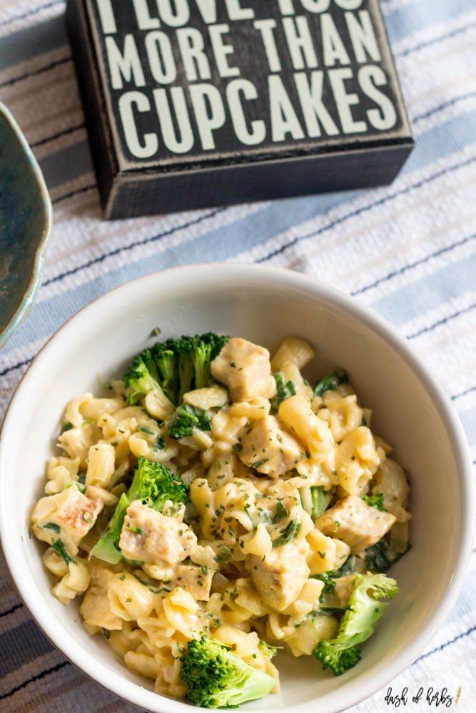 Healthy Macaroni and Cheese with Broccoli - Dash of Herbs