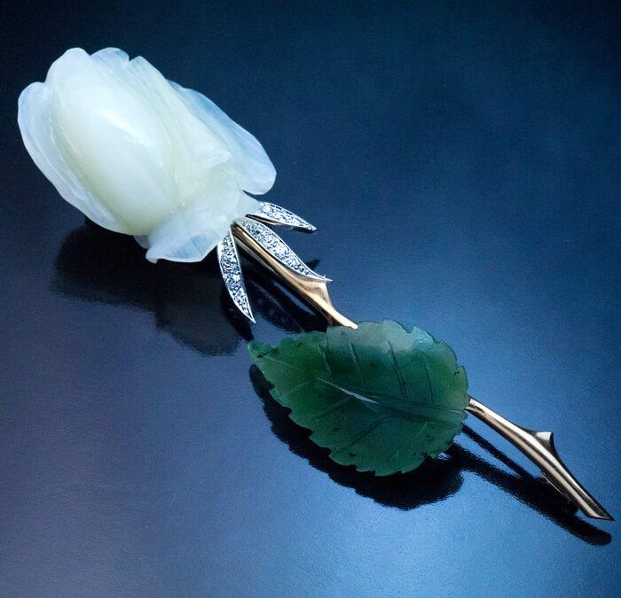 Vintage Hand Carved Anton Heldwein Agate And Nephrite Jade Diamond Gold Rose Brooch.......