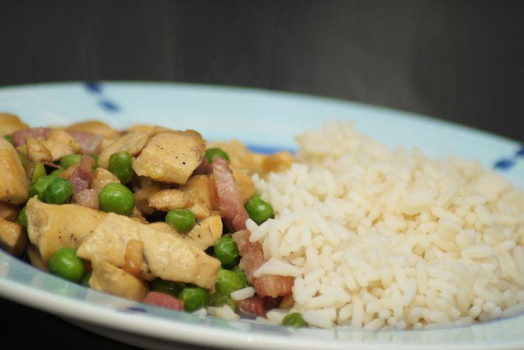 Kyckling med bacon och ärtor #Recept