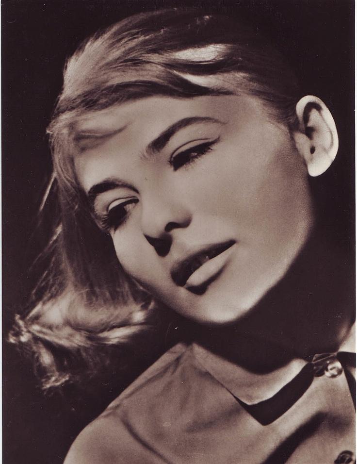 Törőcsik Mari (1935 –) magyar színésznő