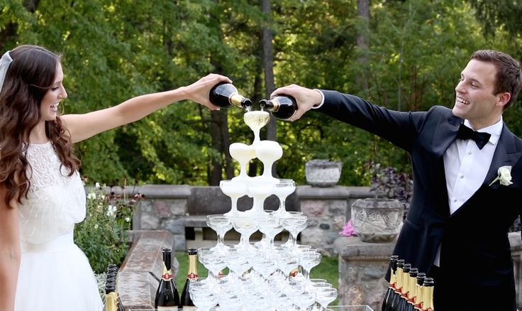 You need a champagne fountain at your wedding.