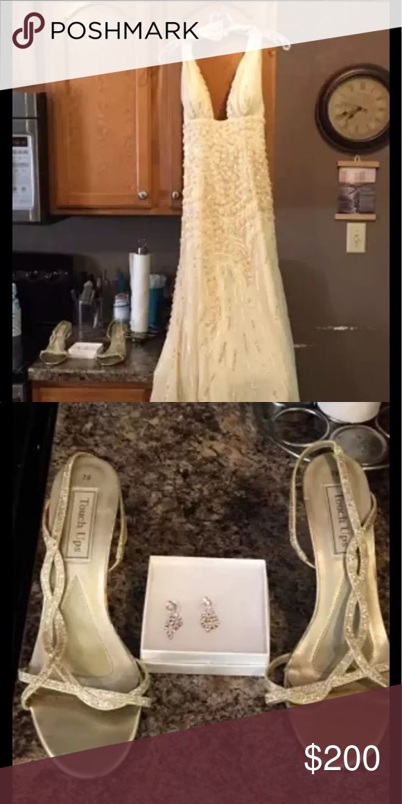 Cleaning a prom dress at home
